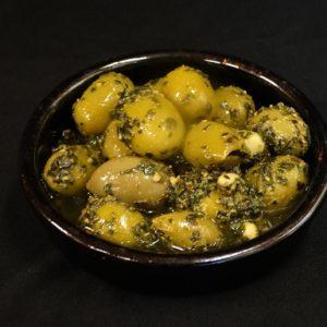 olijf pesto, olivas con pesto